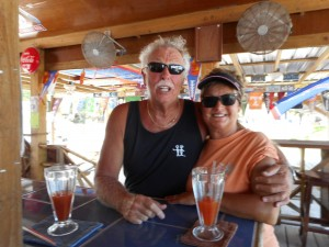 Bill & Lynn, from South Carolina, next door neighbors on Ambergris Caye, Belize
