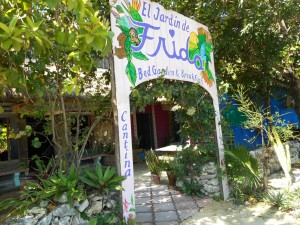 But, Hostel del Frida is in memory of famous Frida Kahlo, most beloved as Diego Riviera's wife